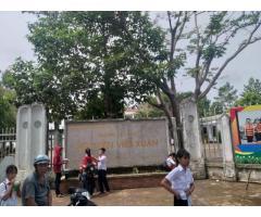 Bán đất sổ hồng 100% thổ cư, bên cạnh trường tiểu học Nguyễn Viết Xuân !!!