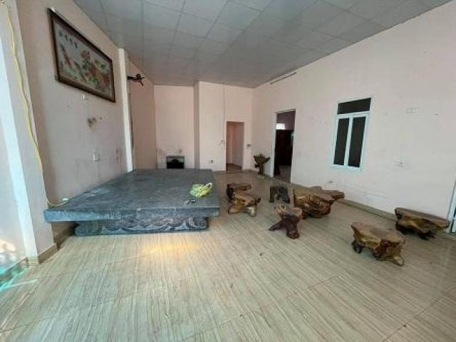 CHÍNH CHỦ cần bán căn nhà số 68, Nguyễn Công Trứ, Phường Động Vệ, TP Thanh Hóa.